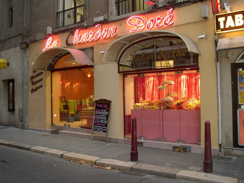 2000 – Nouveau look pour le Chardon Doré